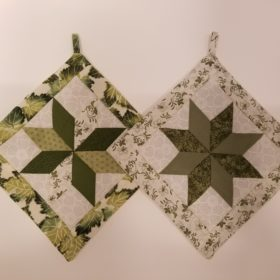 Star Potholders-Greens-Family Farm Handcrafts