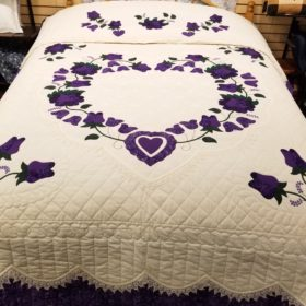 Lacey Heart of Roses Quilt - Queen - Family Farm Handcrafts