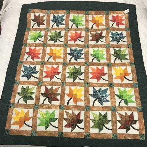 Autumn Splendor Throw Quilt - Family Farm Handcrafts