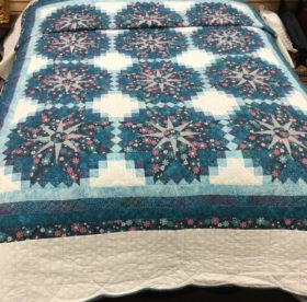 Shadow Star Quilt - Queen - Family Farm Handcrafts