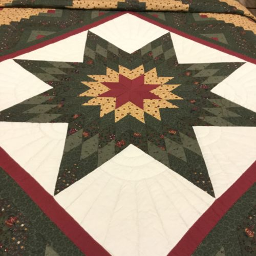 Log Cabin Lone Star Quilt - Queen - Family Farm Handcrafts