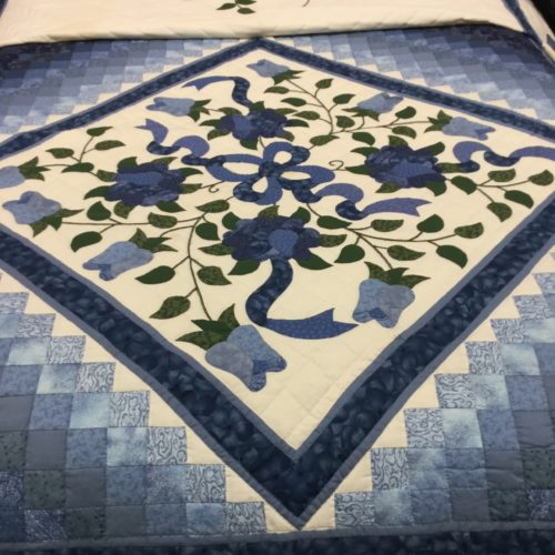 Blooming Star Quilt - Queen - Family Farm Handcrafts