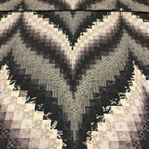 Bargello Flame Quilts - King - Family Farm Handcrafts