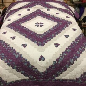 Hearts All Around Quilts - Queen - Family Farm Handcrafts