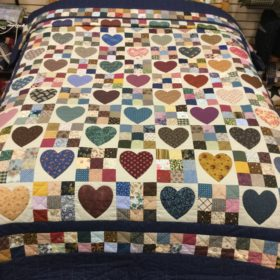 Country Hearts Quilt - Queen - Family Farm Handcrafts