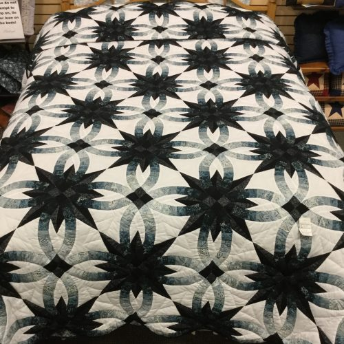 Star Wedding Ring Quilt - Queen - Family Farm Handcrafts