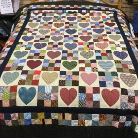 Country Hearts Quilt - Twin - Family Farm Handcrafts