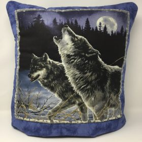 Wolf Quillow - Family Farm Handcrafts