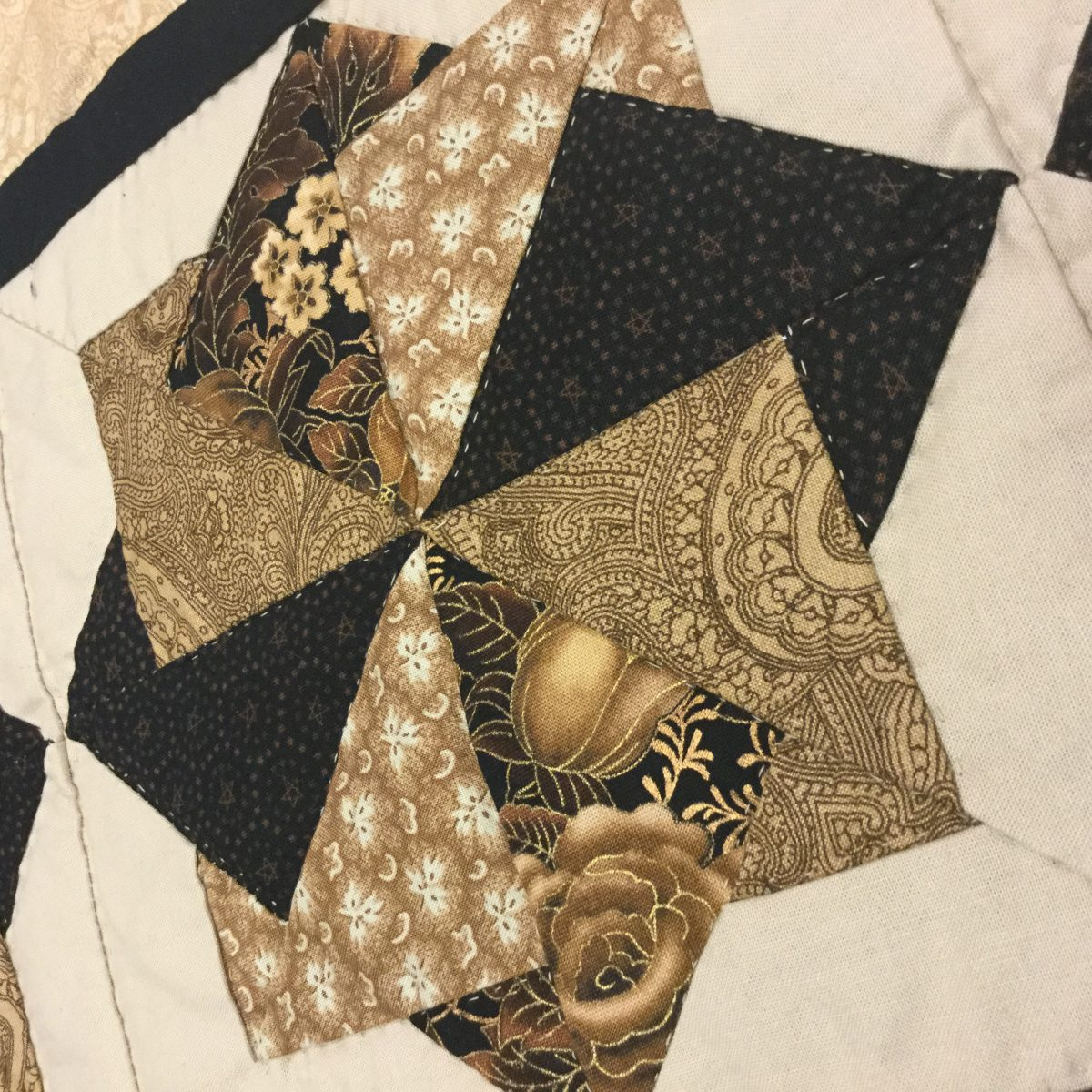 Handmade Amish Quilts FOR Sale | Spin Star Quilt | Buy a Queen ... : quilts for sale handmade amish - Adamdwight.com