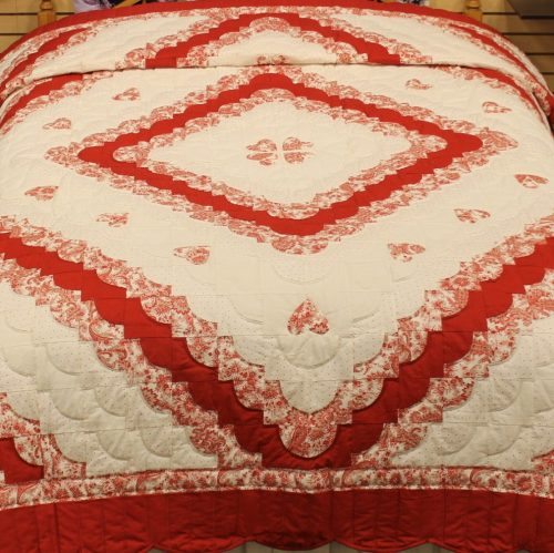Queen size quilts | Hearts All Around quilt