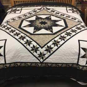 Twinkling Star Quilt-King-Family Farm Handcrafts