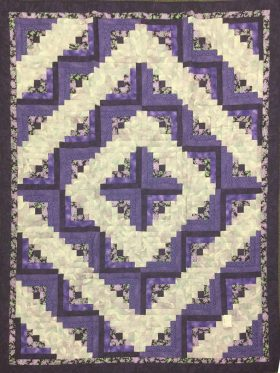Log Cabin Throw Quilt-Family Farm Handcrafts