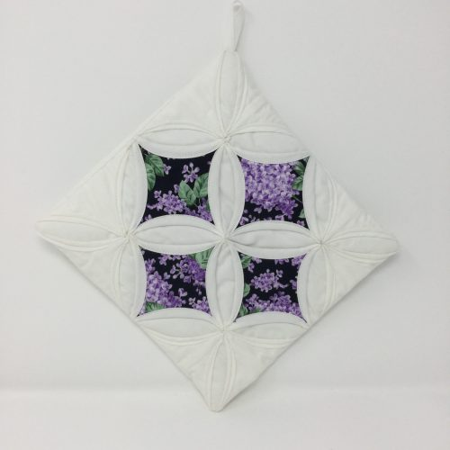 Cathedral Window Potholder-Family Farm Handcrafts