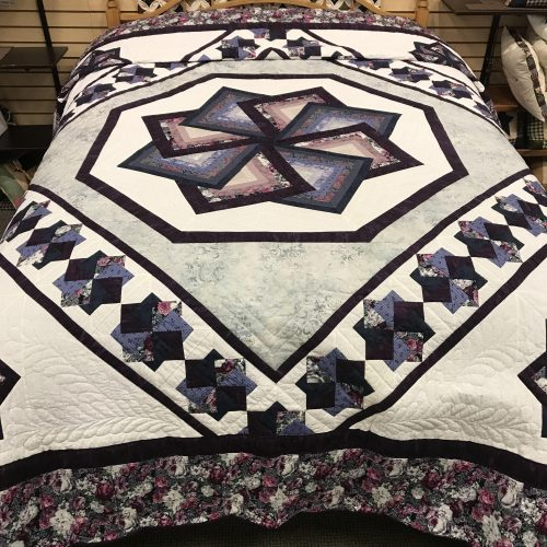 Spin Star Quilt-Queen-Family Farm Handcrafts