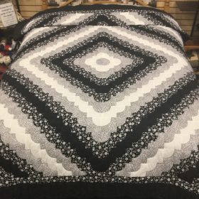 Hearts All Around Quilt-Twin-Family Farm Handcrafts