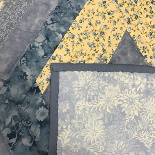 Broken Diamond Star Quilt-Queen-Family Farm Handcrafts
