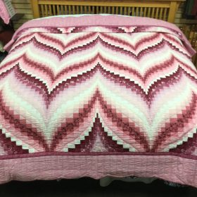 Bargello Flame Quilt - Bargello Flame King Quilt - Family Farm Quilts