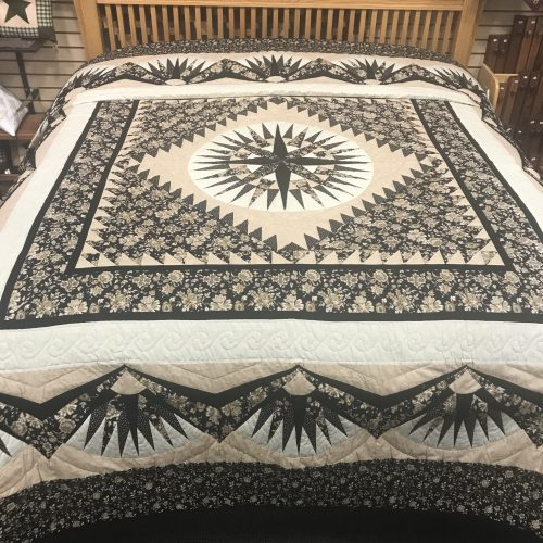 Family Farm Handcrafts-King Quilt- Mariner's Compass