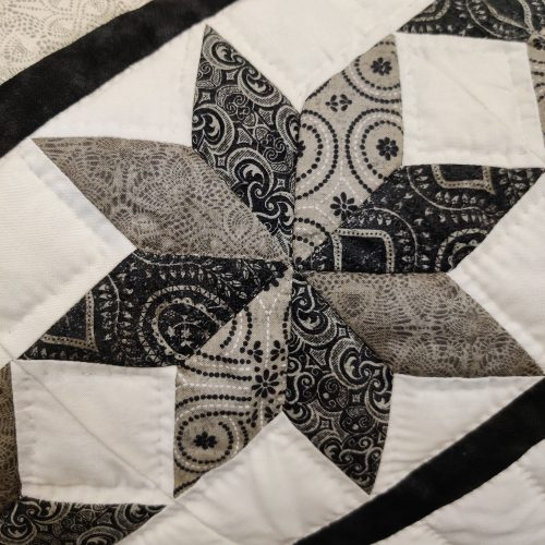 Twinkling Star Quilt - King - Family Farm Handcrafts