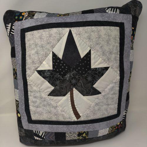 Autumn Spendor Quillow-Family Farm Quilts
