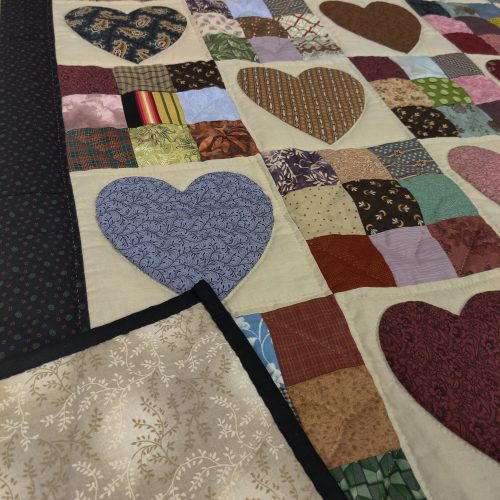 Country Hearts Throw Quilt - Family Farm Handcrafts