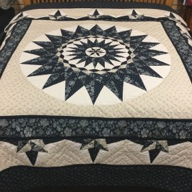 Sailor's Compass Quilt-King-Family Farm Handcrafts