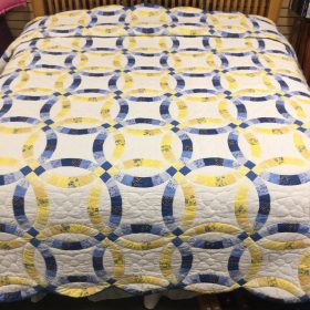 Wedding Ring Quilt-King-Family Farm Handcrafts