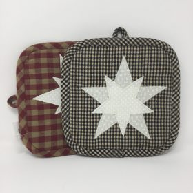 Appliqued Star Potholder-Family Farm Handcrafts
