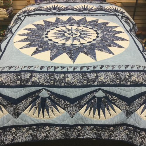 Morning Star Quilt-Queen-Family Farm Handcrafts
