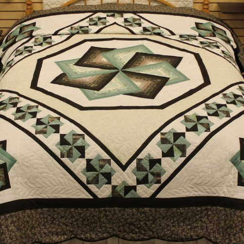 Handmade Quilt for Sale - Spin Star Quilt - Family Farm Handcrafts