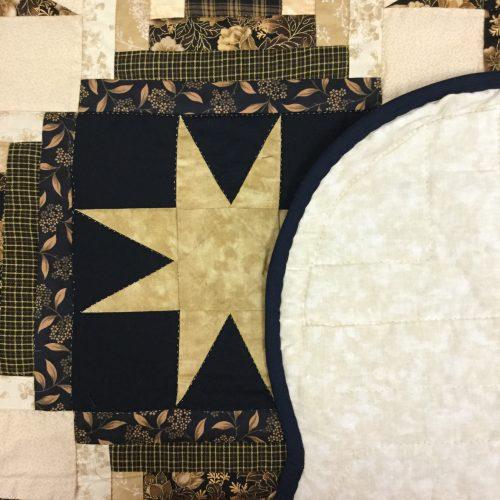 Eight Point Star Quilt-Queen-Family Farm Handcrafts