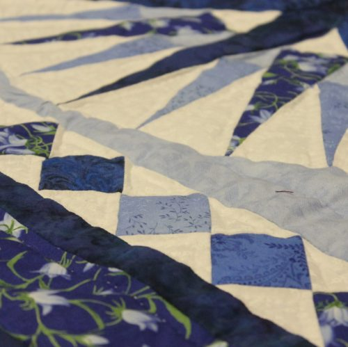 Small Amish Quilt - Family Farm Quilts