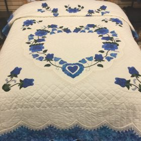 Lacy Heart of Roses Quilt-Queen-Family Farm Handcrafts