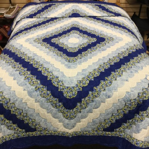 Ocean Wave Quilt - Queen - Family Farm Handcrafts