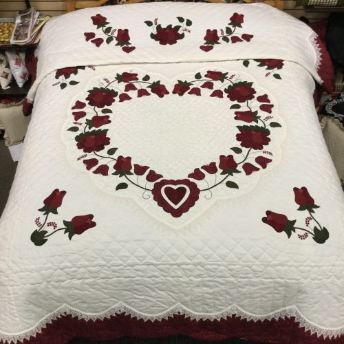 Lacy Heart of Roses Quilt - Queen - Family Farm Handcrafts