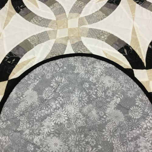 Star Wedding Ring Quilt - King - Family Farm Handcrafts