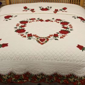 Christmas Bedspread - Lacy Heart of Roses Quilt - King