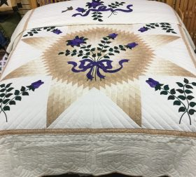 Blooming Star Quilt - King - Family Farm Handcrafts