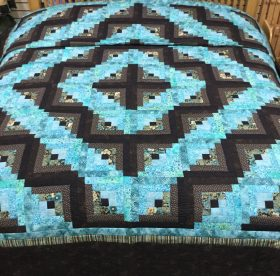 Log Cabin Quilt - King - Family Farm Handcrafts