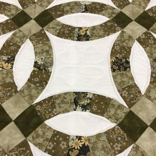 Wedding Ring Quilt - King - Family Farm Handcrafts