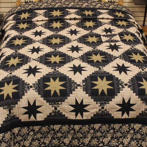 Queen sized Quilt - Eight-point Star- Family Farm Quilts