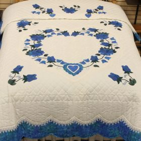Victorian Quilt - Lacy Heart of Roses Quilt - Family Farm Quilts