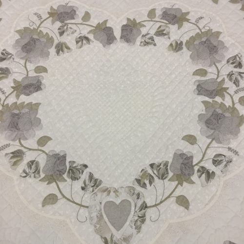Lacy Heart of Roses Quilts - Queen - Family Farm Handcrafts