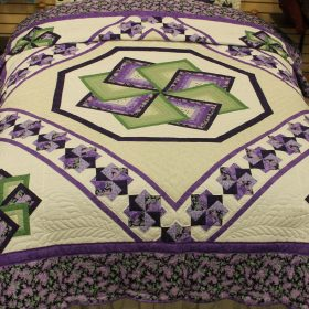 Spin Star Quilts- Queen- Family Farm Quilts