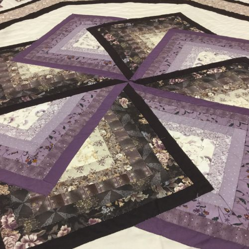 Spin Star Quilt- King- Family Farm Handcrafts