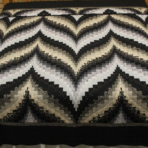 Bargello Quilt - Bargello Flame King Quilt - Family Farm Quilts