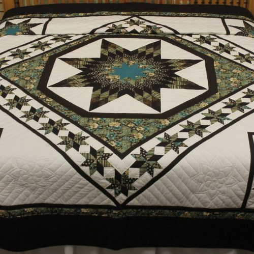 handmade Amish quilts - Twinkling Star King Quilt - Family Farm Quilts