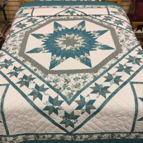 Twinkling Star Quilt-Queen-Family Farm Handcrafts