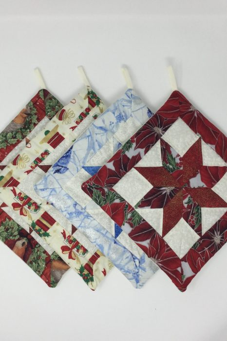 Christmas Quilted Star Potholder-Family Farm Handcrafts