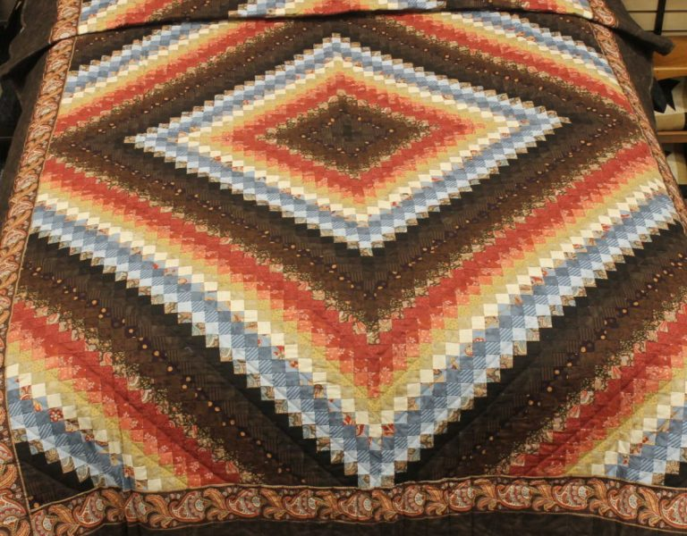 amish handmade scrap quilt for a twin sized bed